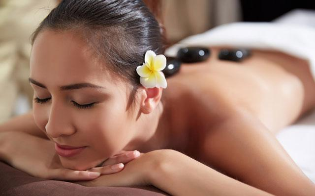 Spa Nusa Dua - Thevana Spa : hot stone massage